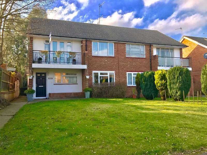 2 Bedrooms Maisonette Flat for sale in Lismore Close, Woodley, Reading, RG5 3RT