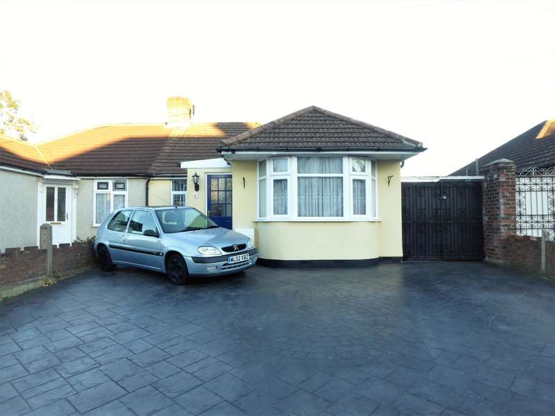 3 Bedrooms Semi Detached Bungalow for sale in Cray Road, Upper Belvedere, Kent, DA17 6NB