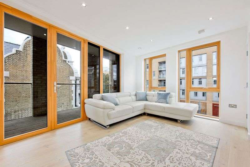 2 Bedrooms Flat for sale in Wharf Lane, London
