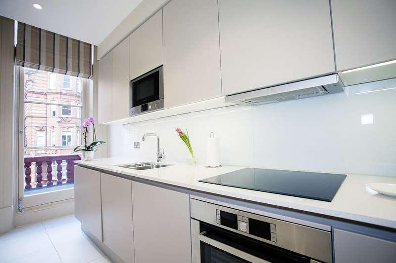 2 Bedrooms Apartment Flat for rent in Sloane Gardens, Chelsea, SW1