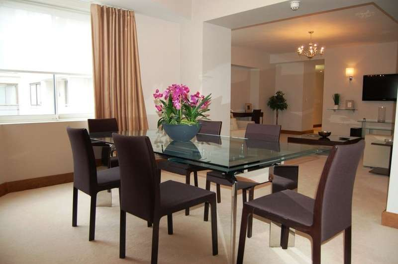 3 Bedrooms Flat for rent in Arlington Street, St James, SW1A