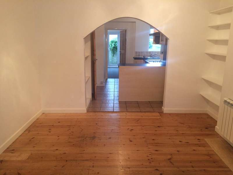 1 Bedroom Flat for sale in Albany Road, Newquay, Cornwall