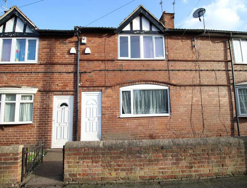 4 Bedrooms Property for sale in Firth Crescent, New Rossington, Doncaster, DN11