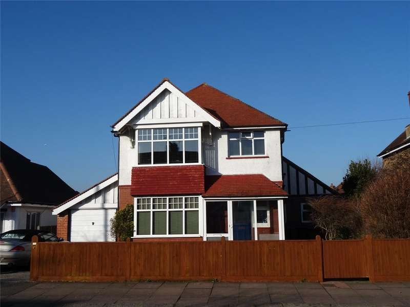4 Bedrooms Detached House for sale in St Lawrence Avenue, Tarring, Worthing, BN14