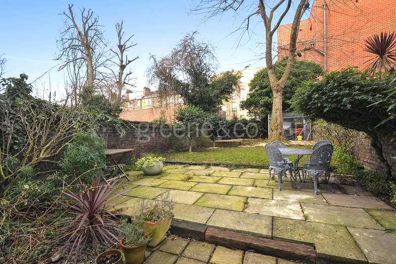 3 Bedrooms Flat for sale in Birchington Road, West Hampstead, London, NW6