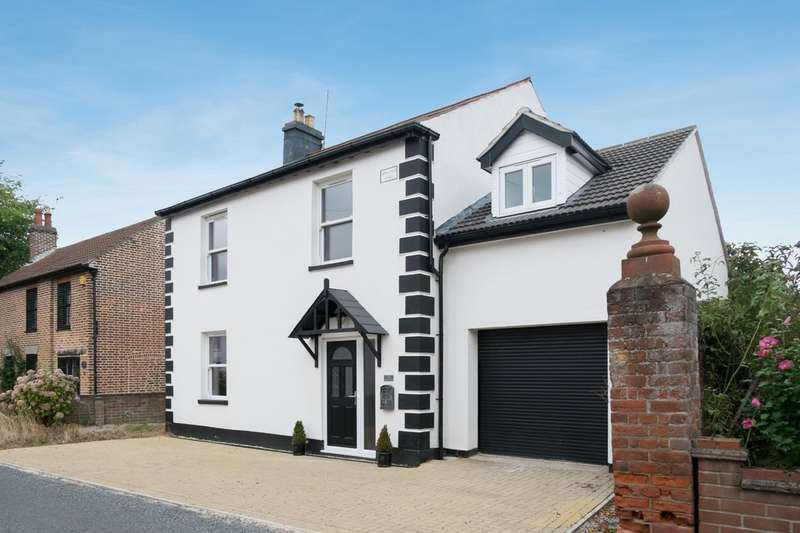 4 Bedrooms Detached House for sale in North Road, Ormesby St Margaret, Norfolk