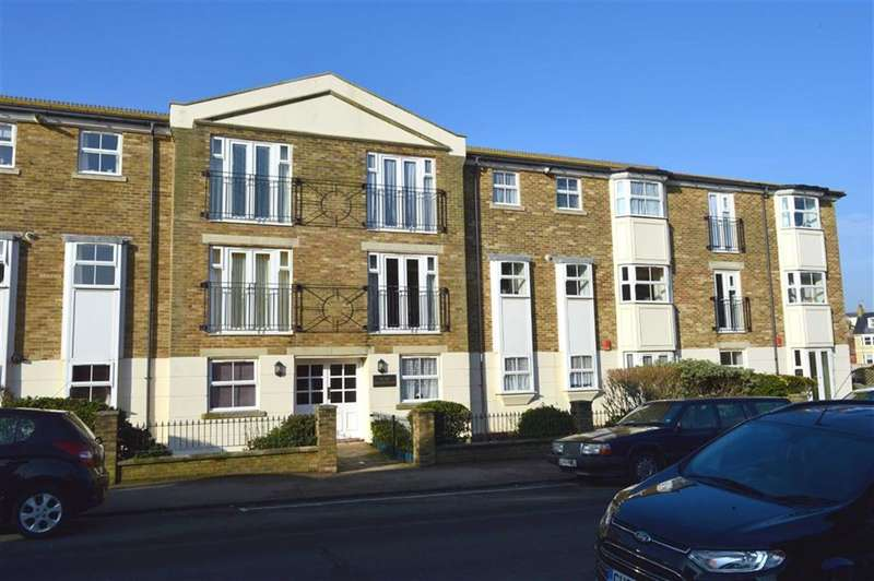 2 Bedrooms Property for sale in Kings Well Court, Seaford, East Sussex