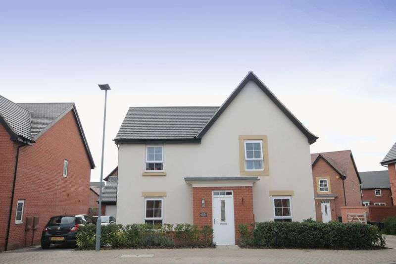 4 Bedrooms Detached House for sale in CHARTLEY ROAD, STENSON FIELDS