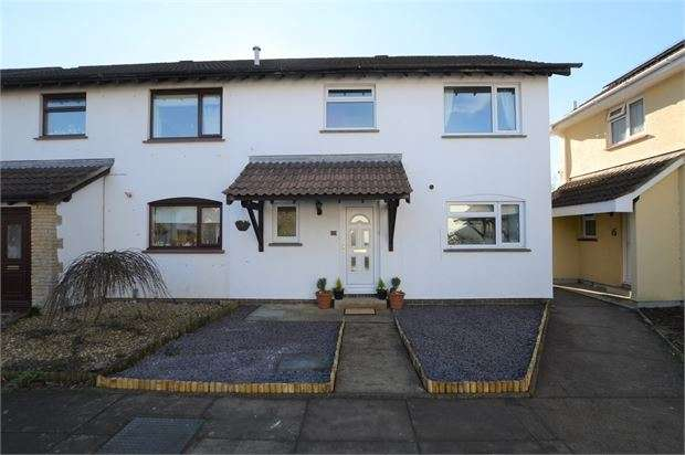 3 Bedrooms Semi Detached House for sale in Marlborough Place, Highweek, Newton Abbot, Devon. TQ12 1QW