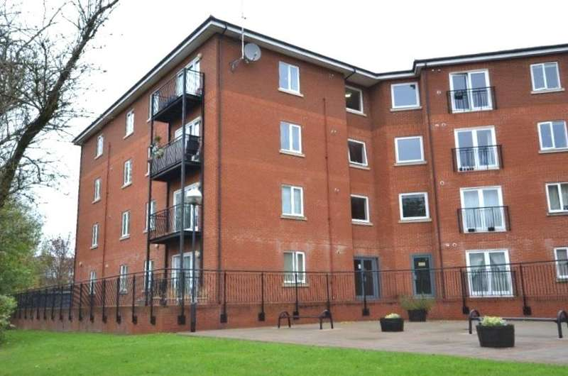 2 Bedrooms Apartment Flat for sale in John Dyde Close, Bishops Stortford