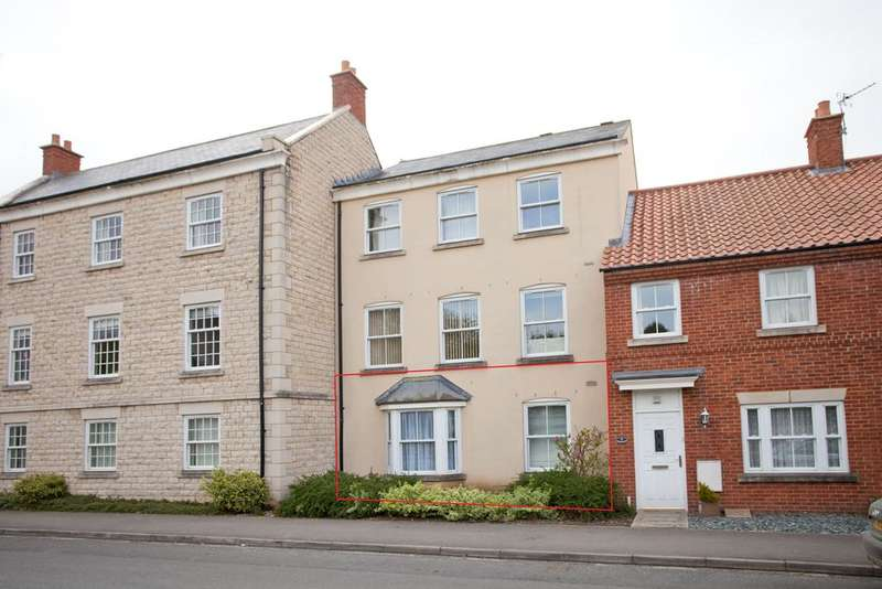 2 Bedrooms Ground Flat for sale in Westfield Mews, Kirkbymoorside, York YO62