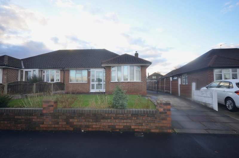 2 Bedrooms Semi Detached Bungalow for sale in Shaftesbury Avenue, Timperley WA15
