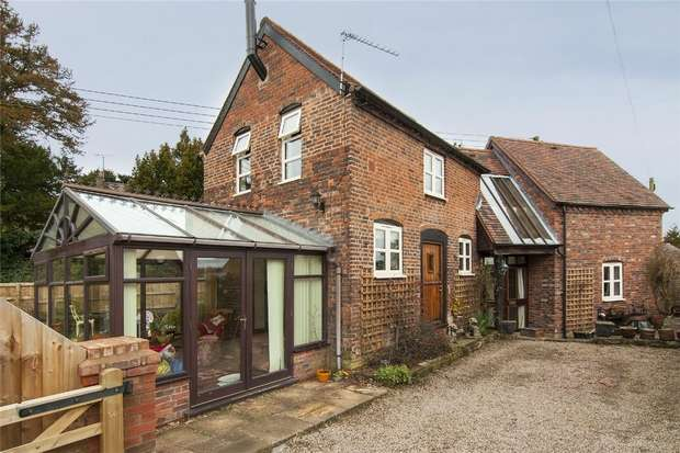 2 Bedrooms Detached House for sale in The Coach House, Childe Road, Cleobury Mortimer, Shropshire