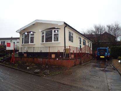 3 Bedrooms Mobile Home for sale in Oakland Glen, Walton-Le-Dale, Preston, Lancashire