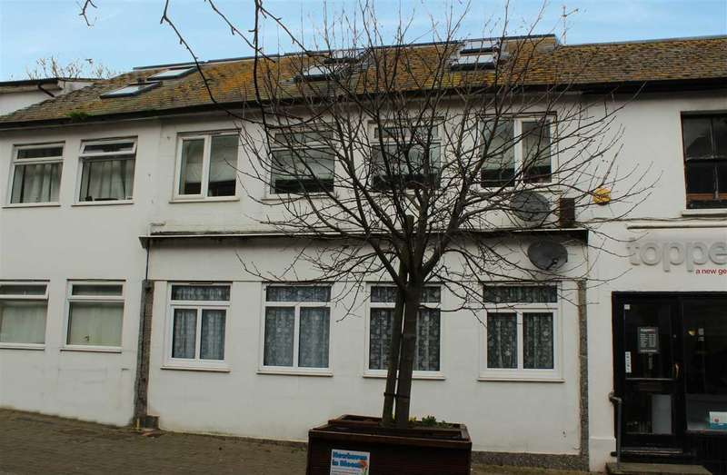 2 Bedrooms Maisonette Flat for sale in High Street, Newhaven