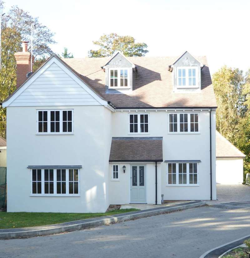 5 Bedrooms Detached House for sale in Millbrook, St Peters View, Sible Hedingham, Halstead CO9
