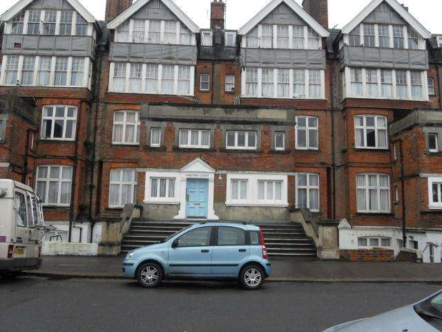 2 Bedrooms Flat for sale in Knole Road, Bexhill on Sea TN40