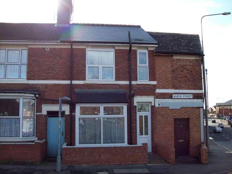 3 Bedrooms Terraced House for sale in Queen Street, Rushden NN10