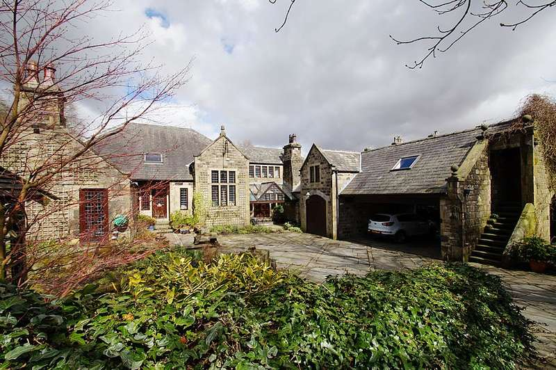 5 Bedrooms Detached House for sale in Huddersfield Rd, Diggle OL3