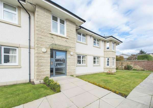 2 Bedrooms Flat for sale in Flat 4, 51A, St. Meddans Street, Troon, KA10 6HL