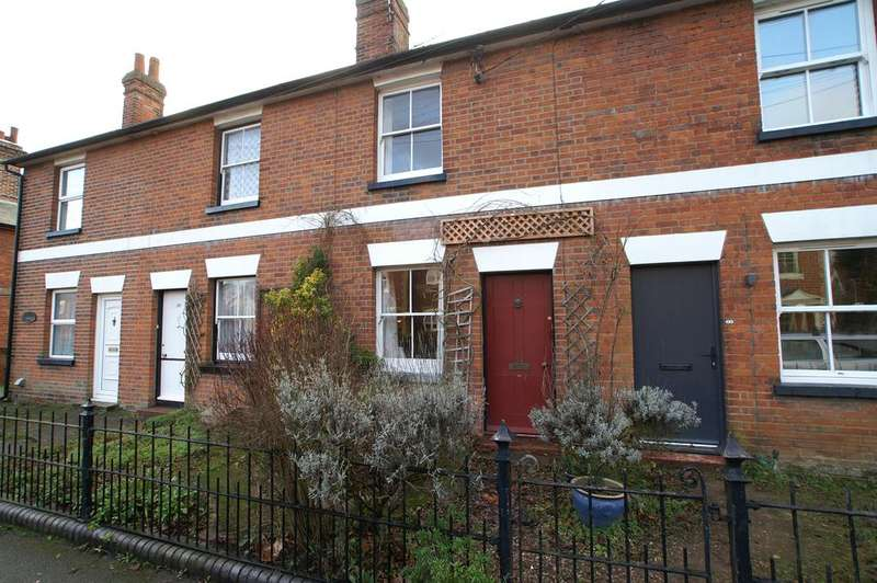 3 Bedrooms Terraced House for sale in York Road, Earls Colne, Halstead CO6