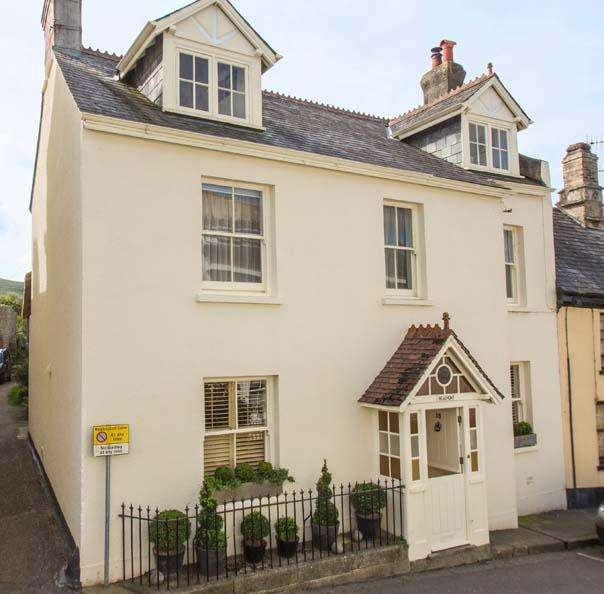 5 Bedrooms Town House for sale in Mill Street, Chagford TQ13