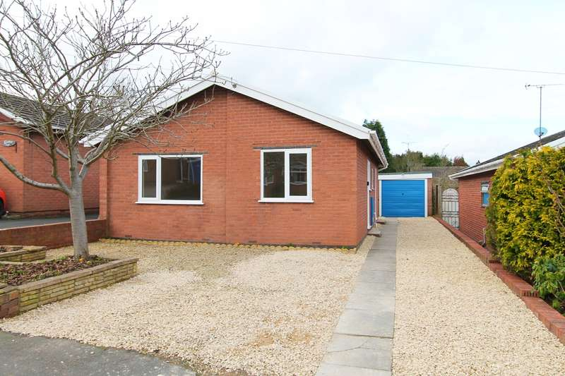 2 Bedrooms Detached Bungalow for sale in Holmcroft Road, Kidderminster, DY10