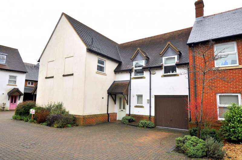 4 Bedrooms Town House for sale in Ringwood, BH24 1GU