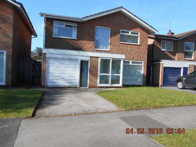 4 Bedrooms Detached House for sale in Rowood Drive, Solihull, West Midlands B92