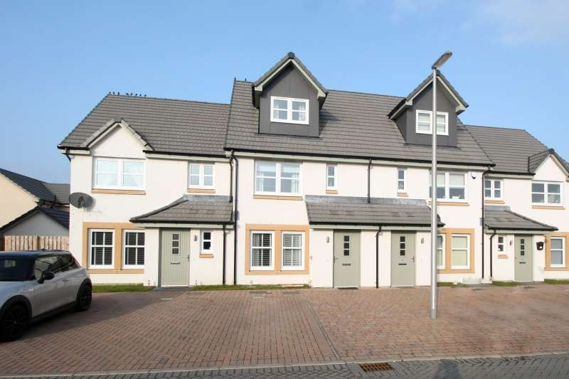 3 Bedrooms Town House for sale in Bridgetown Place, Kirkcaldy, Fife, KY2 6GG
