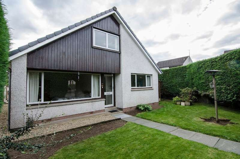 4 Bedrooms Detached House for sale in Montrose Way, Dunblane, FK15 9JL
