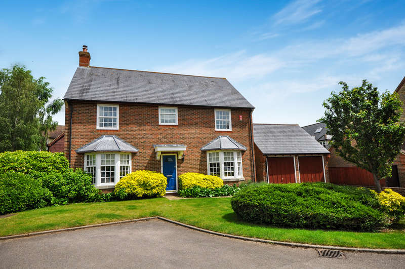 5 Bedrooms Detached House for sale in Fritwell, Oxfordshire