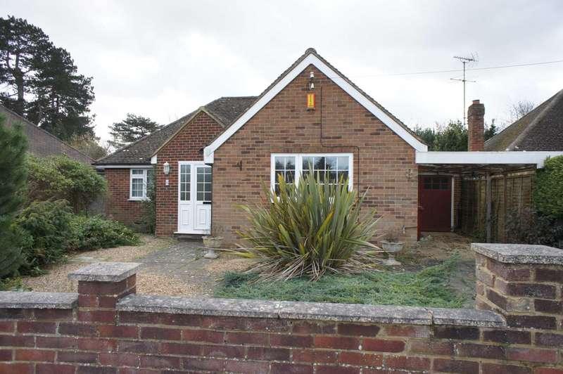 2 Bedrooms Detached Bungalow for sale in Haldane Road, Caversham Heights