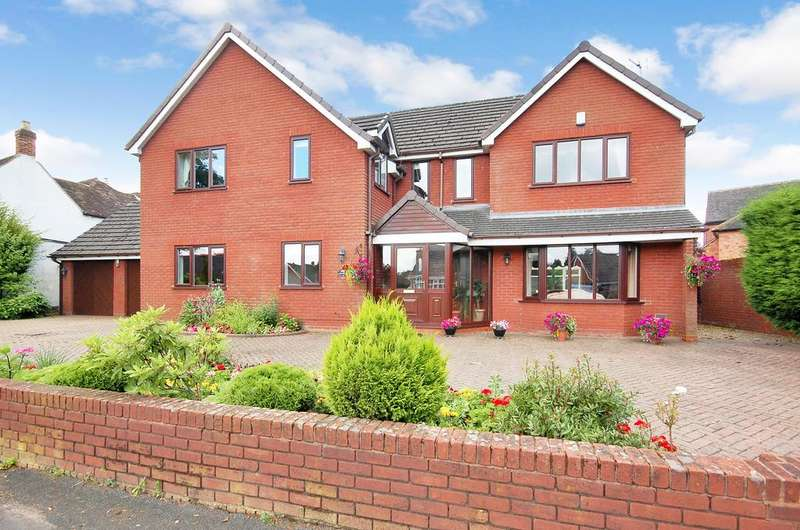 4 Bedrooms Detached House for sale in Yew Tree Lane, Tettenhall, WOLVERHAMPTON WV6