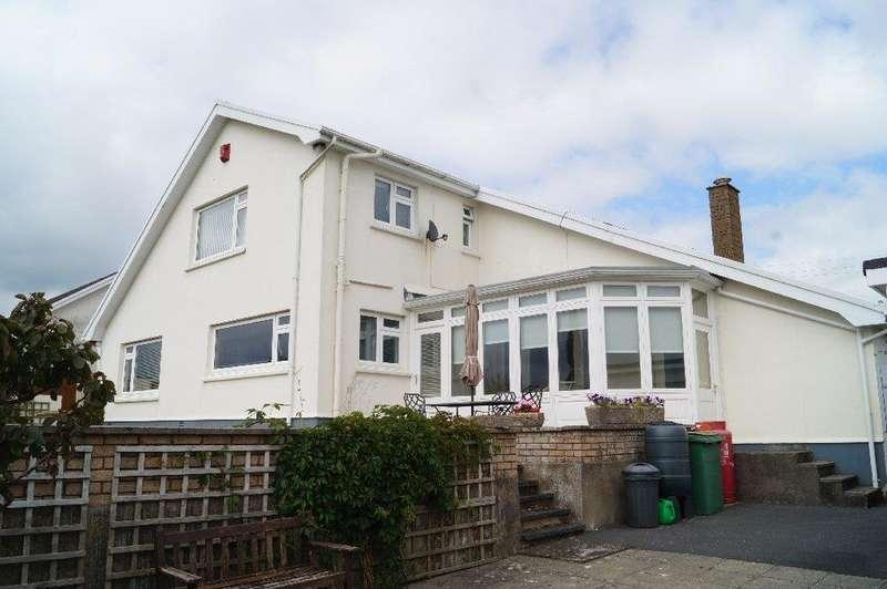 5 Bedrooms Detached House for sale in Llynyfran Road, Llandysul, Ceredigion SA44