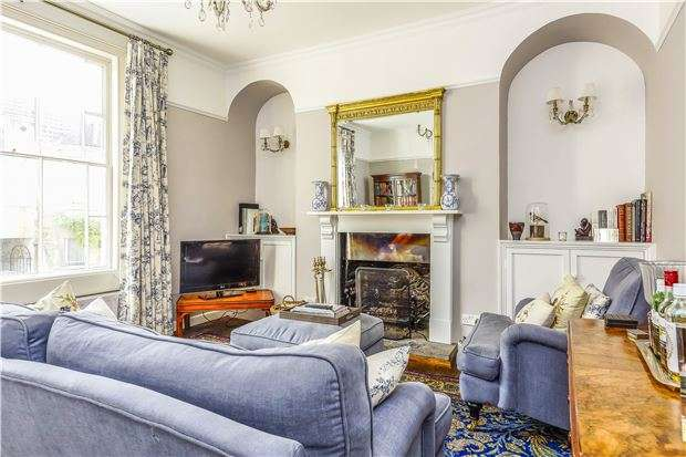 3 Bedrooms Terraced House for sale in Brunswick Street, BATH, Somerset, BA1