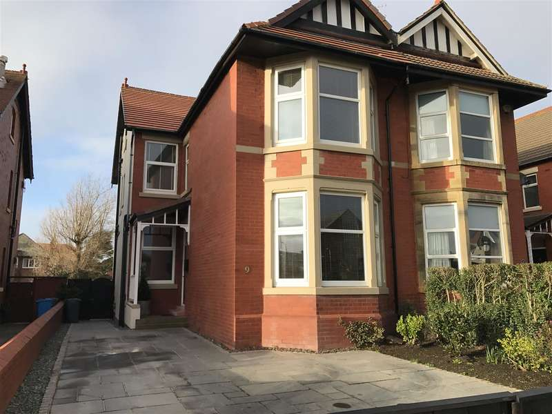 4 Bedrooms Property for sale in St. Leonards Road West, Lytham St. Annes