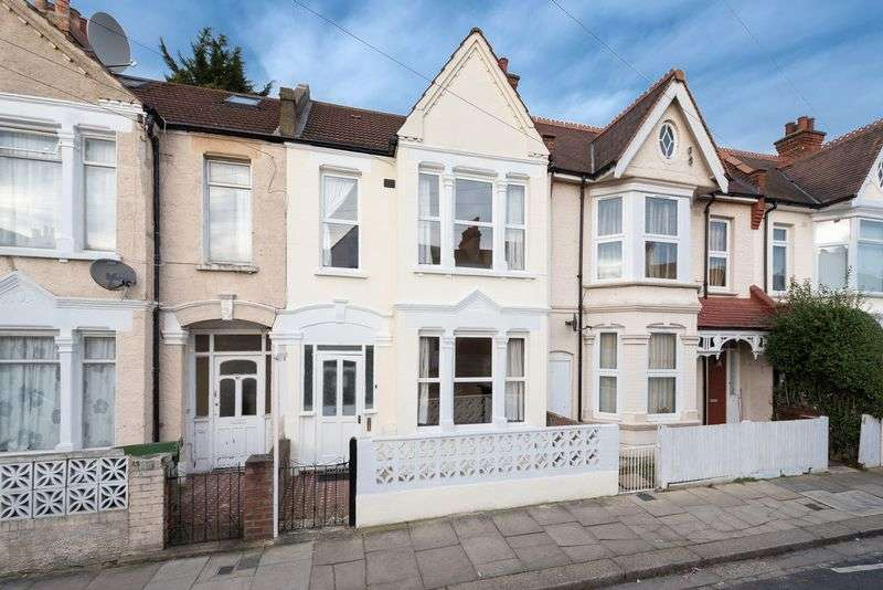 3 Bedrooms Terraced House for sale in Ashbourne Road, Mitcham