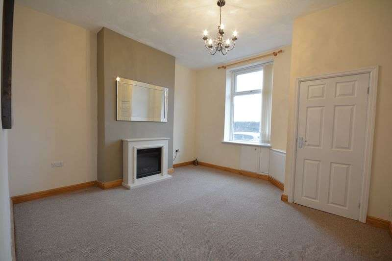 3 Bedrooms Terraced House for sale in Spring Street, Rishton