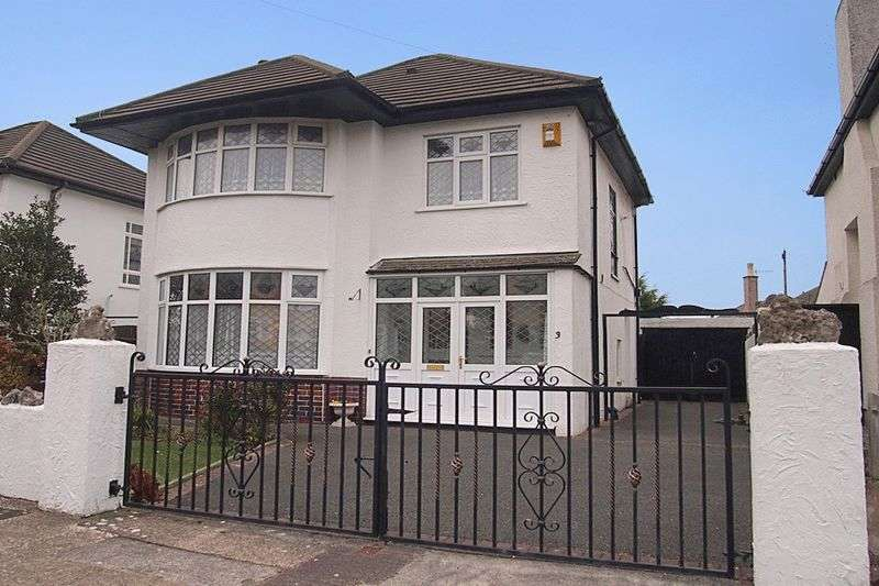 3 Bedrooms Detached House for sale in Clifton Drive, Bare, Morecambe