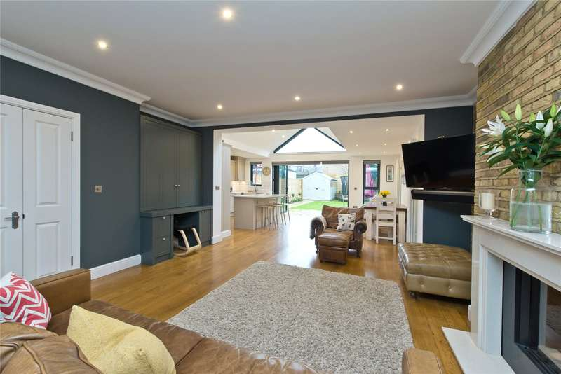4 Bedrooms Terraced House for sale in Longstaff Crescent, London, SW18