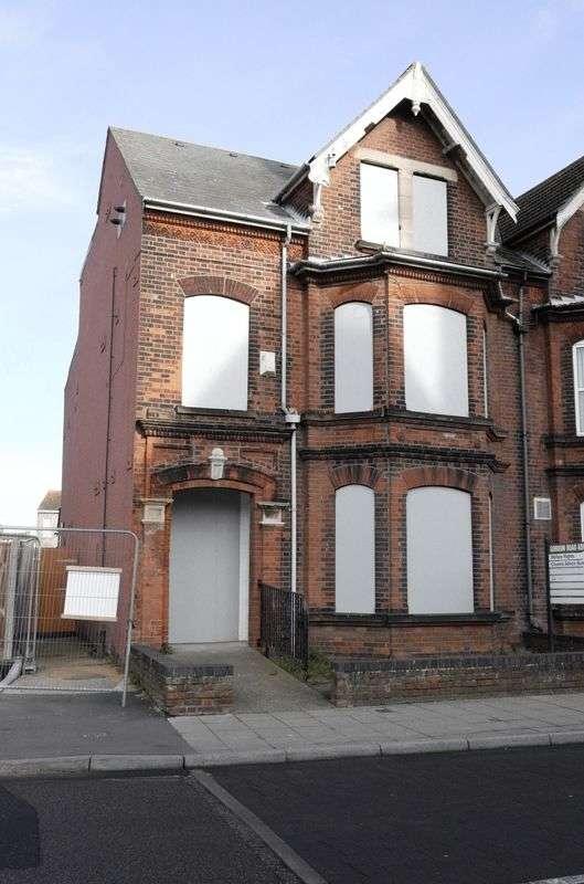 Property for sale in Gordon Road, Lowestoft