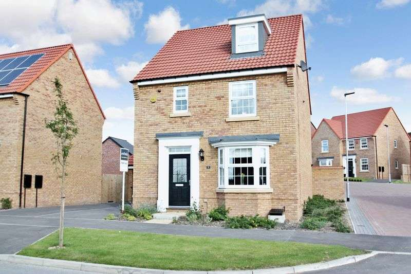 4 Bedrooms Detached House for sale in Poppy Fields Avenue, Pontefract