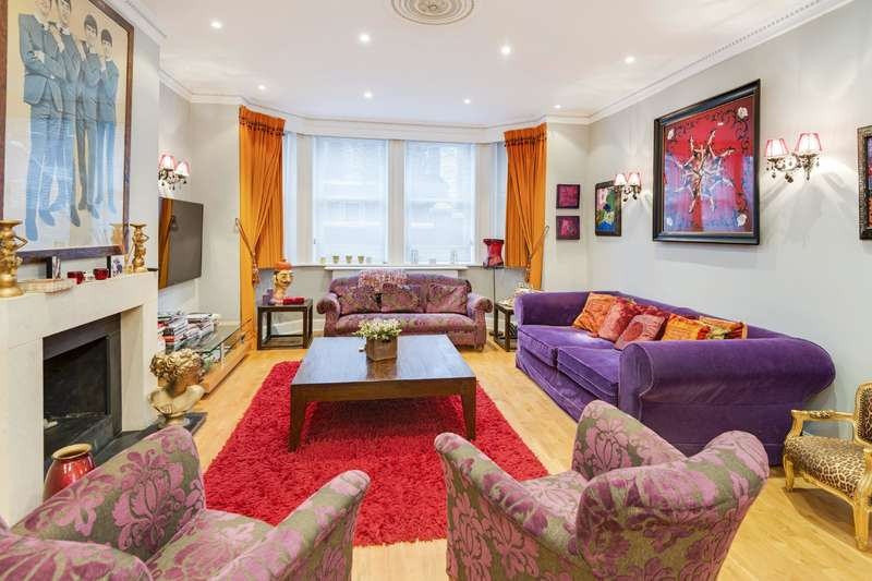 3 Bedrooms Flat for sale in Chesterford Gardens, Hampstead