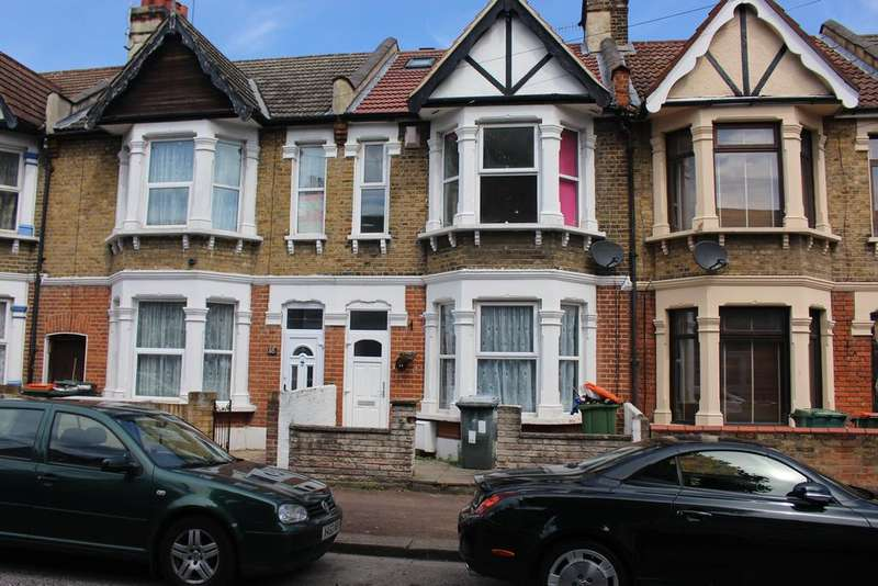 4 Bedrooms Terraced House for rent in London E6