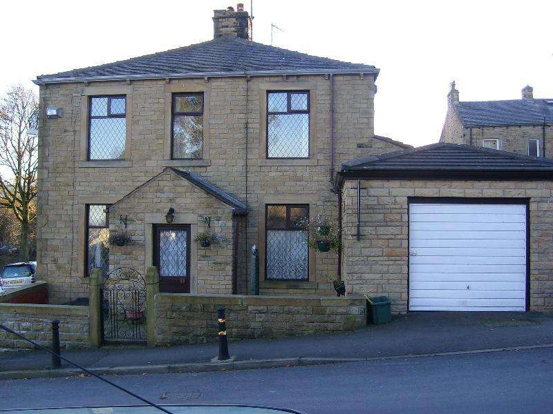 2 Bedrooms Terraced House for rent in School Lane, Earby, BB18