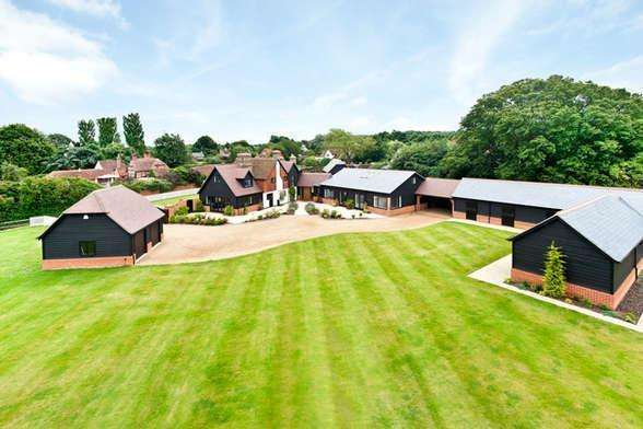 6 Bedrooms Country House Character Property for sale in Black Lane, East Clandon GU4