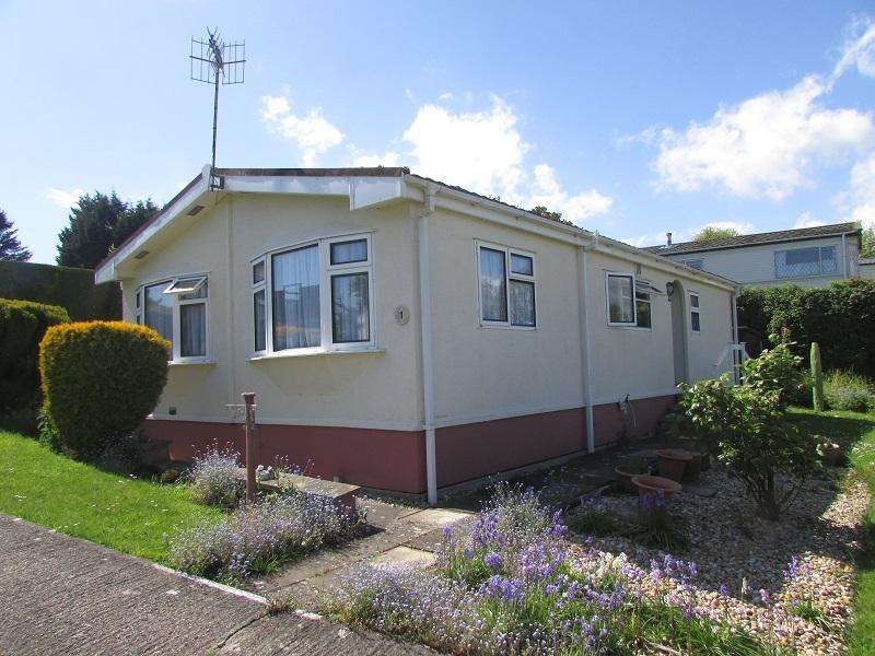 2 Bedrooms Park Home Mobile Home for sale in Worcester Way, Windmill Hill BN27
