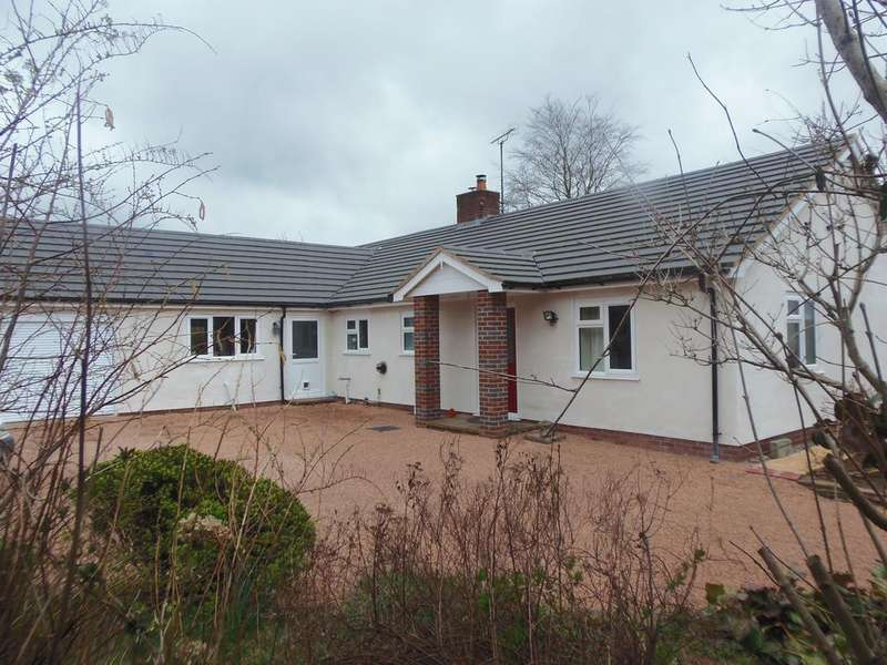 3 Bedrooms Detached Bungalow for sale in Corbetts Orchard, Pencombe Lane, BROMYARD HR7 4SS