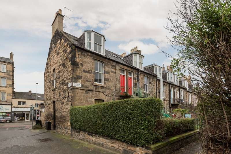 3 Bedrooms Flat for sale in Walker Terrace, Haymarket, Edinburgh, EH11 2BH